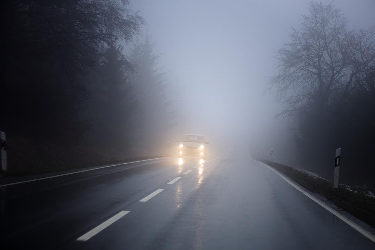 Conducir con niebla luces
