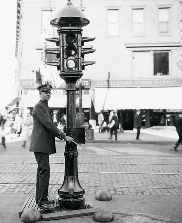 El primer semaforo de Espana